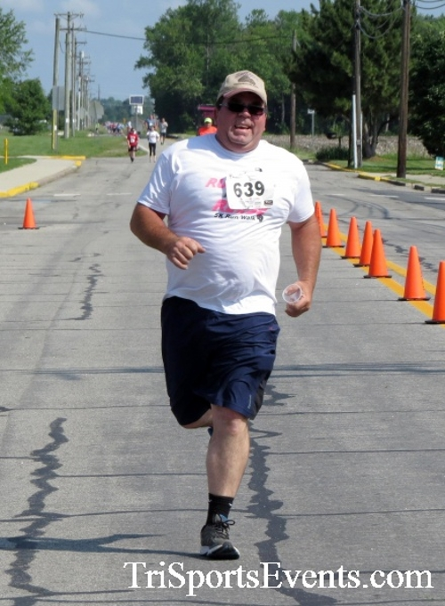 Running for Reese 5K Run/Walk<br><br><br><br><a href='https://www.trisportsevents.com/pics/17_Running_for_Reese_5K_099.JPG' download='17_Running_for_Reese_5K_099.JPG'>Click here to download.</a><Br><a href='http://www.facebook.com/sharer.php?u=http:%2F%2Fwww.trisportsevents.com%2Fpics%2F17_Running_for_Reese_5K_099.JPG&t=Running for Reese 5K Run/Walk' target='_blank'><img src='images/fb_share.png' width='100'></a>