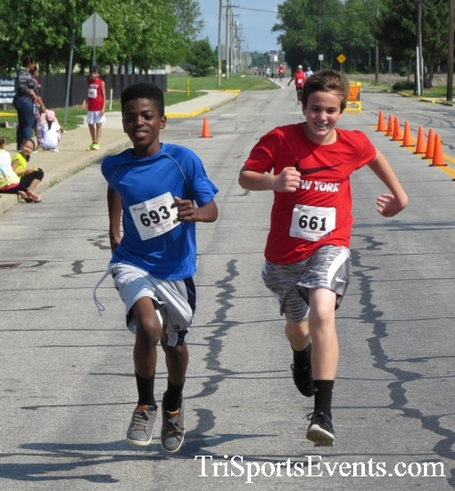Running for Reese 5K Run/Walk<br><br><br><br><a href='https://www.trisportsevents.com/pics/17_Running_for_Reese_5K_116.JPG' download='17_Running_for_Reese_5K_116.JPG'>Click here to download.</a><Br><a href='http://www.facebook.com/sharer.php?u=http:%2F%2Fwww.trisportsevents.com%2Fpics%2F17_Running_for_Reese_5K_116.JPG&t=Running for Reese 5K Run/Walk' target='_blank'><img src='images/fb_share.png' width='100'></a>