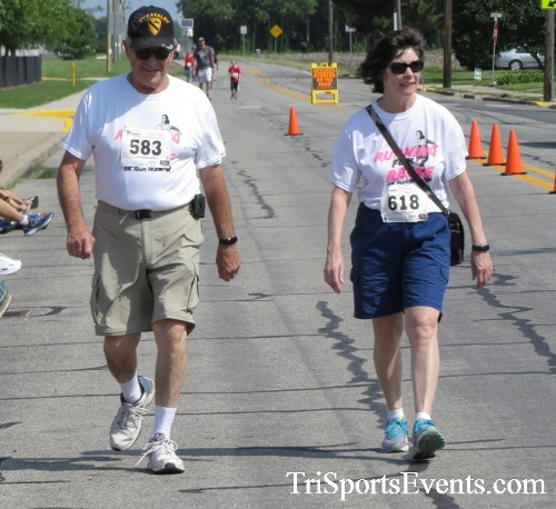 Running for Reese 5K Run/Walk<br><br><br><br><a href='http://www.trisportsevents.com/pics/17_Running_for_Reese_5K_131.JPG' download='17_Running_for_Reese_5K_131.JPG'>Click here to download.</a><Br><a href='http://www.facebook.com/sharer.php?u=http:%2F%2Fwww.trisportsevents.com%2Fpics%2F17_Running_for_Reese_5K_131.JPG&t=Running for Reese 5K Run/Walk' target='_blank'><img src='images/fb_share.png' width='100'></a>