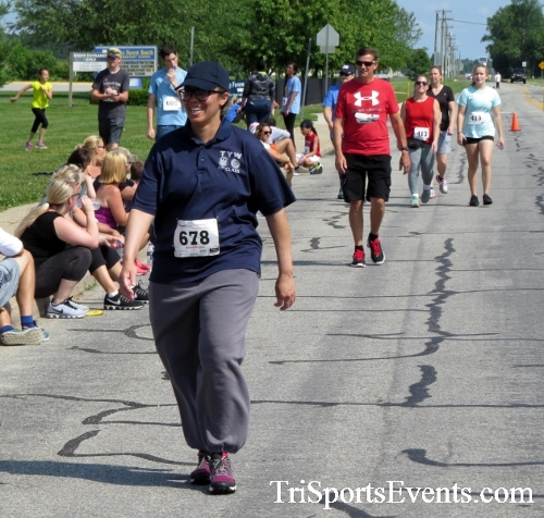 Running for Reese 5K Run/Walk<br><br><br><br><a href='https://www.trisportsevents.com/pics/17_Running_for_Reese_5K_133.JPG' download='17_Running_for_Reese_5K_133.JPG'>Click here to download.</a><Br><a href='http://www.facebook.com/sharer.php?u=http:%2F%2Fwww.trisportsevents.com%2Fpics%2F17_Running_for_Reese_5K_133.JPG&t=Running for Reese 5K Run/Walk' target='_blank'><img src='images/fb_share.png' width='100'></a>