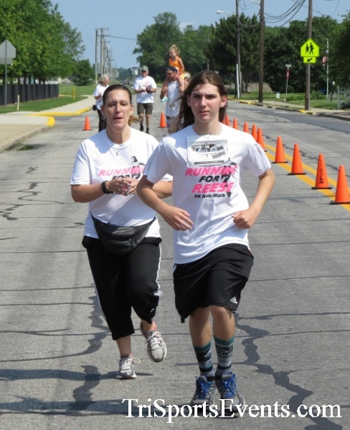 Running for Reese 5K Run/Walk<br><br><br><br><a href='https://www.trisportsevents.com/pics/17_Running_for_Reese_5K_149.JPG' download='17_Running_for_Reese_5K_149.JPG'>Click here to download.</a><Br><a href='http://www.facebook.com/sharer.php?u=http:%2F%2Fwww.trisportsevents.com%2Fpics%2F17_Running_for_Reese_5K_149.JPG&t=Running for Reese 5K Run/Walk' target='_blank'><img src='images/fb_share.png' width='100'></a>