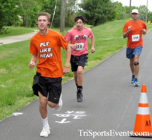 Ryans Race 5K Run/Walk<br><br><br><br><a href='http://www.trisportsevents.com/pics/17_Ryans_Race_5K_032.JPG' download='17_Ryans_Race_5K_032.JPG'>Click here to download.</a><Br><a href='http://www.facebook.com/sharer.php?u=http:%2F%2Fwww.trisportsevents.com%2Fpics%2F17_Ryans_Race_5K_032.JPG&t=Ryans Race 5K Run/Walk' target='_blank'><img src='images/fb_share.png' width='100'></a>