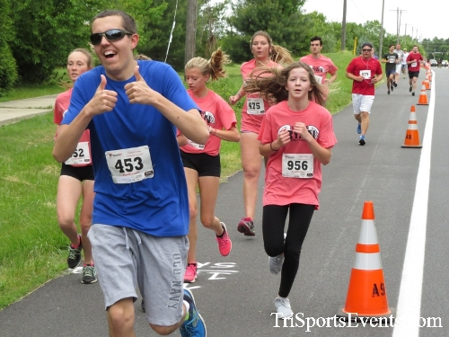 Ryans Race 5K Run/Walk<br><br><br><br><a href='http://www.trisportsevents.com/pics/17_Ryans_Race_5K_039.JPG' download='17_Ryans_Race_5K_039.JPG'>Click here to download.</a><Br><a href='http://www.facebook.com/sharer.php?u=http:%2F%2Fwww.trisportsevents.com%2Fpics%2F17_Ryans_Race_5K_039.JPG&t=Ryans Race 5K Run/Walk' target='_blank'><img src='images/fb_share.png' width='100'></a>