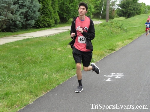 Ryans Race 5K Run/Walk<br><br><br><br><a href='https://www.trisportsevents.com/pics/17_Ryans_Race_5K_055.JPG' download='17_Ryans_Race_5K_055.JPG'>Click here to download.</a><Br><a href='http://www.facebook.com/sharer.php?u=http:%2F%2Fwww.trisportsevents.com%2Fpics%2F17_Ryans_Race_5K_055.JPG&t=Ryans Race 5K Run/Walk' target='_blank'><img src='images/fb_share.png' width='100'></a>