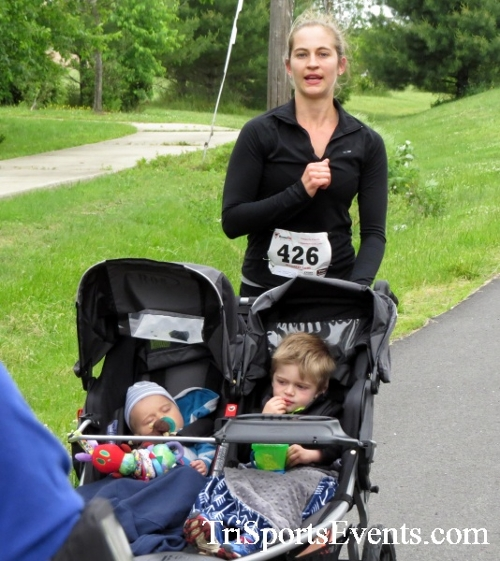 Ryans Race 5K Run/Walk<br><br><br><br><a href='http://www.trisportsevents.com/pics/17_Ryans_Race_5K_062.JPG' download='17_Ryans_Race_5K_062.JPG'>Click here to download.</a><Br><a href='http://www.facebook.com/sharer.php?u=http:%2F%2Fwww.trisportsevents.com%2Fpics%2F17_Ryans_Race_5K_062.JPG&t=Ryans Race 5K Run/Walk' target='_blank'><img src='images/fb_share.png' width='100'></a>