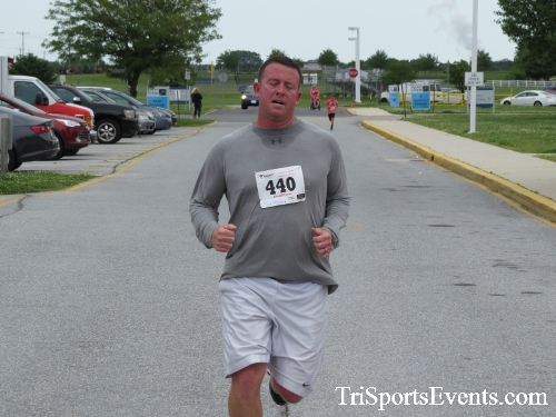 Ryans Race 5K Run/Walk<br><br><br><br><a href='https://www.trisportsevents.com/pics/17_Ryans_Race_5K_125.JPG' download='17_Ryans_Race_5K_125.JPG'>Click here to download.</a><Br><a href='http://www.facebook.com/sharer.php?u=http:%2F%2Fwww.trisportsevents.com%2Fpics%2F17_Ryans_Race_5K_125.JPG&t=Ryans Race 5K Run/Walk' target='_blank'><img src='images/fb_share.png' width='100'></a>