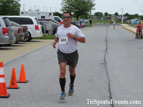 Ryans Race 5K Run/Walk<br><br><br><br><a href='https://www.trisportsevents.com/pics/17_Ryans_Race_5K_132.JPG' download='17_Ryans_Race_5K_132.JPG'>Click here to download.</a><Br><a href='http://www.facebook.com/sharer.php?u=http:%2F%2Fwww.trisportsevents.com%2Fpics%2F17_Ryans_Race_5K_132.JPG&t=Ryans Race 5K Run/Walk' target='_blank'><img src='images/fb_share.png' width='100'></a>
