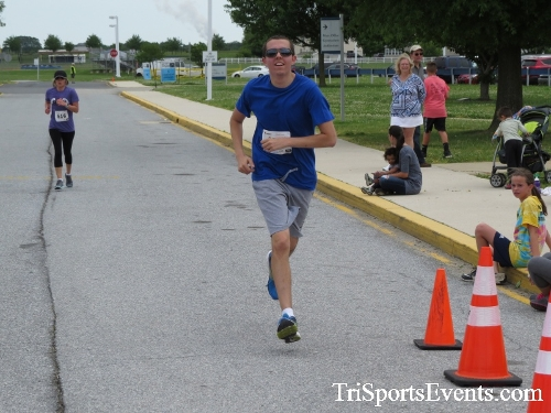 Ryans Race 5K Run/Walk<br><br><br><br><a href='https://www.trisportsevents.com/pics/17_Ryans_Race_5K_136.JPG' download='17_Ryans_Race_5K_136.JPG'>Click here to download.</a><Br><a href='http://www.facebook.com/sharer.php?u=http:%2F%2Fwww.trisportsevents.com%2Fpics%2F17_Ryans_Race_5K_136.JPG&t=Ryans Race 5K Run/Walk' target='_blank'><img src='images/fb_share.png' width='100'></a>