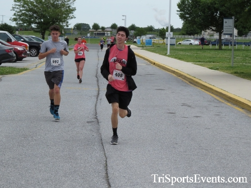 Ryans Race 5K Run/Walk<br><br><br><br><a href='https://www.trisportsevents.com/pics/17_Ryans_Race_5K_139.JPG' download='17_Ryans_Race_5K_139.JPG'>Click here to download.</a><Br><a href='http://www.facebook.com/sharer.php?u=http:%2F%2Fwww.trisportsevents.com%2Fpics%2F17_Ryans_Race_5K_139.JPG&t=Ryans Race 5K Run/Walk' target='_blank'><img src='images/fb_share.png' width='100'></a>