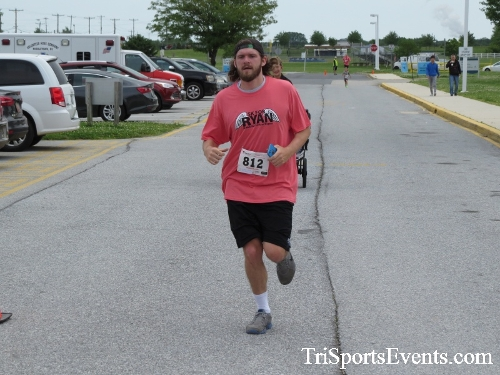 Ryans Race 5K Run/Walk<br><br><br><br><a href='https://www.trisportsevents.com/pics/17_Ryans_Race_5K_144.JPG' download='17_Ryans_Race_5K_144.JPG'>Click here to download.</a><Br><a href='http://www.facebook.com/sharer.php?u=http:%2F%2Fwww.trisportsevents.com%2Fpics%2F17_Ryans_Race_5K_144.JPG&t=Ryans Race 5K Run/Walk' target='_blank'><img src='images/fb_share.png' width='100'></a>