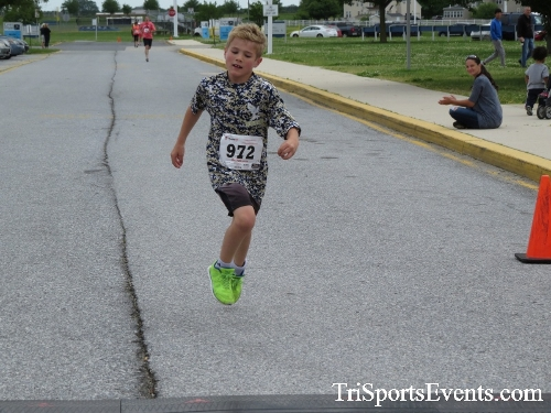 Ryans Race 5K Run/Walk<br><br><br><br><a href='https://www.trisportsevents.com/pics/17_Ryans_Race_5K_146.JPG' download='17_Ryans_Race_5K_146.JPG'>Click here to download.</a><Br><a href='http://www.facebook.com/sharer.php?u=http:%2F%2Fwww.trisportsevents.com%2Fpics%2F17_Ryans_Race_5K_146.JPG&t=Ryans Race 5K Run/Walk' target='_blank'><img src='images/fb_share.png' width='100'></a>
