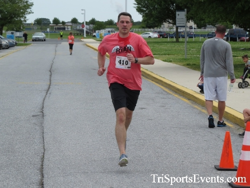 Ryans Race 5K Run/Walk<br><br><br><br><a href='https://www.trisportsevents.com/pics/17_Ryans_Race_5K_147.JPG' download='17_Ryans_Race_5K_147.JPG'>Click here to download.</a><Br><a href='http://www.facebook.com/sharer.php?u=http:%2F%2Fwww.trisportsevents.com%2Fpics%2F17_Ryans_Race_5K_147.JPG&t=Ryans Race 5K Run/Walk' target='_blank'><img src='images/fb_share.png' width='100'></a>