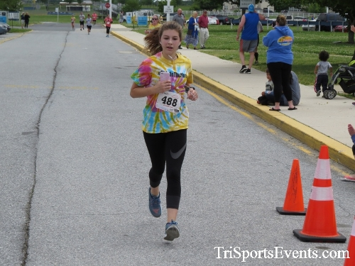 Ryans Race 5K Run/Walk<br><br><br><br><a href='https://www.trisportsevents.com/pics/17_Ryans_Race_5K_157.JPG' download='17_Ryans_Race_5K_157.JPG'>Click here to download.</a><Br><a href='http://www.facebook.com/sharer.php?u=http:%2F%2Fwww.trisportsevents.com%2Fpics%2F17_Ryans_Race_5K_157.JPG&t=Ryans Race 5K Run/Walk' target='_blank'><img src='images/fb_share.png' width='100'></a>