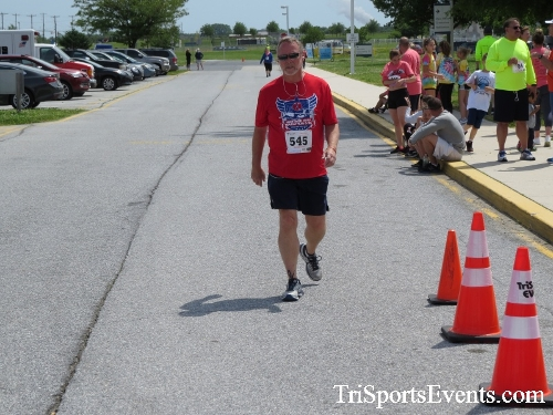 Ryans Race 5K Run/Walk<br><br><br><br><a href='https://www.trisportsevents.com/pics/17_Ryans_Race_5K_215.JPG' download='17_Ryans_Race_5K_215.JPG'>Click here to download.</a><Br><a href='http://www.facebook.com/sharer.php?u=http:%2F%2Fwww.trisportsevents.com%2Fpics%2F17_Ryans_Race_5K_215.JPG&t=Ryans Race 5K Run/Walk' target='_blank'><img src='images/fb_share.png' width='100'></a>