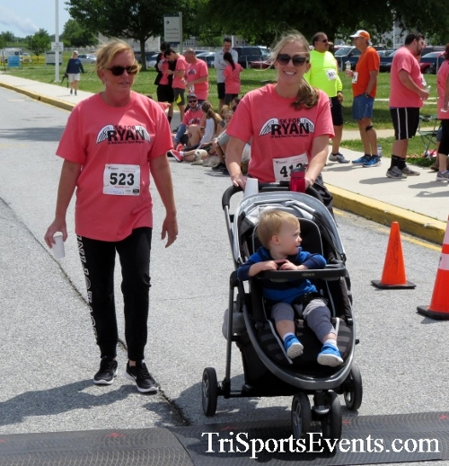 Ryans Race 5K Run/Walk<br><br><br><br><a href='https://www.trisportsevents.com/pics/17_Ryans_Race_5K_253.JPG' download='17_Ryans_Race_5K_253.JPG'>Click here to download.</a><Br><a href='http://www.facebook.com/sharer.php?u=http:%2F%2Fwww.trisportsevents.com%2Fpics%2F17_Ryans_Race_5K_253.JPG&t=Ryans Race 5K Run/Walk' target='_blank'><img src='images/fb_share.png' width='100'></a>