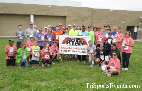 Ryans Race 5K Run/Walk<br><br><br><br><a href='http://www.trisportsevents.com/pics/17_Ryans_Race_5K_259.JPG' download='17_Ryans_Race_5K_259.JPG'>Click here to download.</a><Br><a href='http://www.facebook.com/sharer.php?u=http:%2F%2Fwww.trisportsevents.com%2Fpics%2F17_Ryans_Race_5K_259.JPG&t=Ryans Race 5K Run/Walk' target='_blank'><img src='images/fb_share.png' width='100'></a>