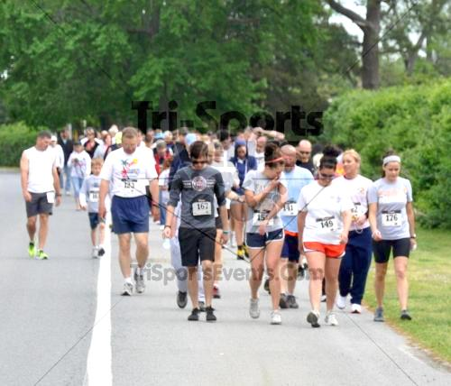 Heart & Sole 5K Run/Walk<br><br><br><br><a href='http://www.trisportsevents.com/pics/2011_Heart_&_Sole_5K_004.JPG' download='2011_Heart_&_Sole_5K_004.JPG'>Click here to download.</a><Br><a href='http://www.facebook.com/sharer.php?u=http:%2F%2Fwww.trisportsevents.com%2Fpics%2F2011_Heart_&_Sole_5K_004.JPG&t=Heart & Sole 5K Run/Walk' target='_blank'><img src='images/fb_share.png' width='100'></a>
