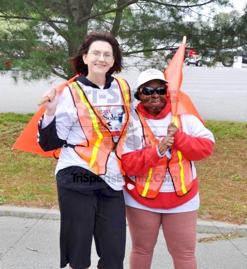 Heart & Sole 5K Run/Walk<br><br><br><br><a href='http://www.trisportsevents.com/pics/2011_Heart_&_Sole_5K_011.JPG' download='2011_Heart_&_Sole_5K_011.JPG'>Click here to download.</a><Br><a href='http://www.facebook.com/sharer.php?u=http:%2F%2Fwww.trisportsevents.com%2Fpics%2F2011_Heart_&_Sole_5K_011.JPG&t=Heart & Sole 5K Run/Walk' target='_blank'><img src='images/fb_share.png' width='100'></a>