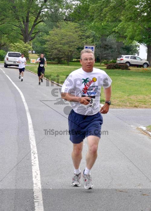 Heart & Sole 5K Run/Walk<br><br><br><br><a href='http://www.trisportsevents.com/pics/2011_Heart_&_Sole_5K_015.JPG' download='2011_Heart_&_Sole_5K_015.JPG'>Click here to download.</a><Br><a href='http://www.facebook.com/sharer.php?u=http:%2F%2Fwww.trisportsevents.com%2Fpics%2F2011_Heart_&_Sole_5K_015.JPG&t=Heart & Sole 5K Run/Walk' target='_blank'><img src='images/fb_share.png' width='100'></a>