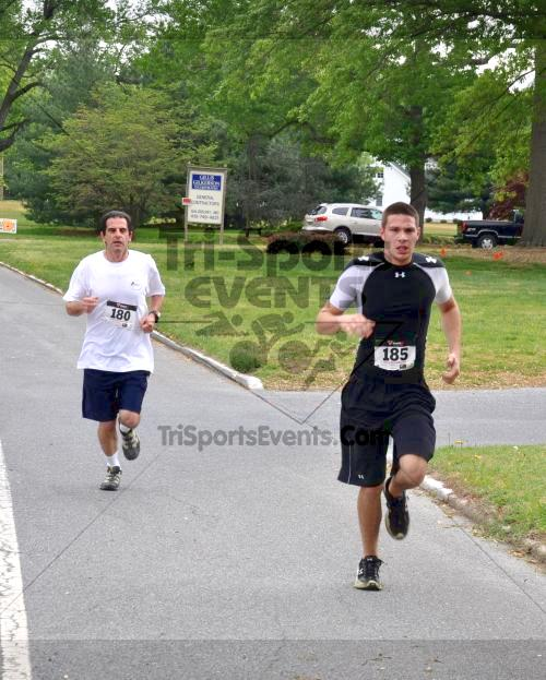 Heart & Sole 5K Run/Walk<br><br><br><br><a href='http://www.trisportsevents.com/pics/2011_Heart_&_Sole_5K_016.JPG' download='2011_Heart_&_Sole_5K_016.JPG'>Click here to download.</a><Br><a href='http://www.facebook.com/sharer.php?u=http:%2F%2Fwww.trisportsevents.com%2Fpics%2F2011_Heart_&_Sole_5K_016.JPG&t=Heart & Sole 5K Run/Walk' target='_blank'><img src='images/fb_share.png' width='100'></a>