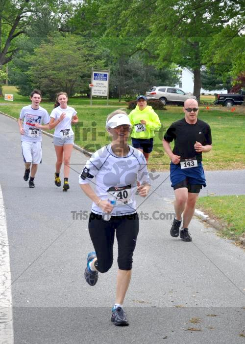Heart & Sole 5K Run/Walk<br><br><br><br><a href='http://www.trisportsevents.com/pics/2011_Heart_&_Sole_5K_021.JPG' download='2011_Heart_&_Sole_5K_021.JPG'>Click here to download.</a><Br><a href='http://www.facebook.com/sharer.php?u=http:%2F%2Fwww.trisportsevents.com%2Fpics%2F2011_Heart_&_Sole_5K_021.JPG&t=Heart & Sole 5K Run/Walk' target='_blank'><img src='images/fb_share.png' width='100'></a>