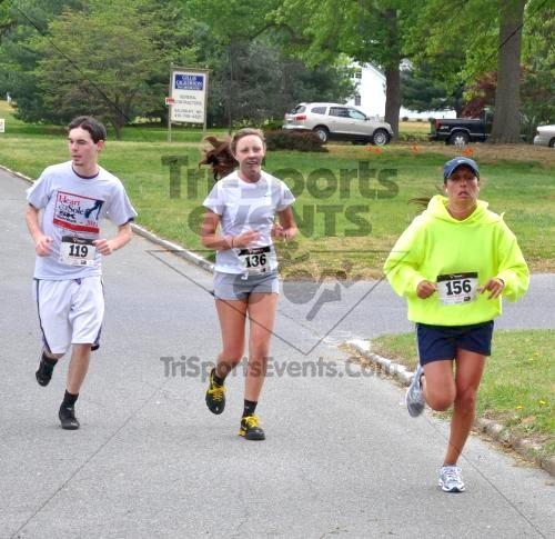 Heart & Sole 5K Run/Walk<br><br><br><br><a href='http://www.trisportsevents.com/pics/2011_Heart_&_Sole_5K_022.JPG' download='2011_Heart_&_Sole_5K_022.JPG'>Click here to download.</a><Br><a href='http://www.facebook.com/sharer.php?u=http:%2F%2Fwww.trisportsevents.com%2Fpics%2F2011_Heart_&_Sole_5K_022.JPG&t=Heart & Sole 5K Run/Walk' target='_blank'><img src='images/fb_share.png' width='100'></a>