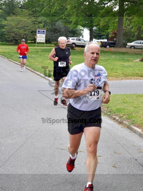 Heart & Sole 5K Run/Walk<br><br><br><br><a href='http://www.trisportsevents.com/pics/2011_Heart_&_Sole_5K_024.JPG' download='2011_Heart_&_Sole_5K_024.JPG'>Click here to download.</a><Br><a href='http://www.facebook.com/sharer.php?u=http:%2F%2Fwww.trisportsevents.com%2Fpics%2F2011_Heart_&_Sole_5K_024.JPG&t=Heart & Sole 5K Run/Walk' target='_blank'><img src='images/fb_share.png' width='100'></a>