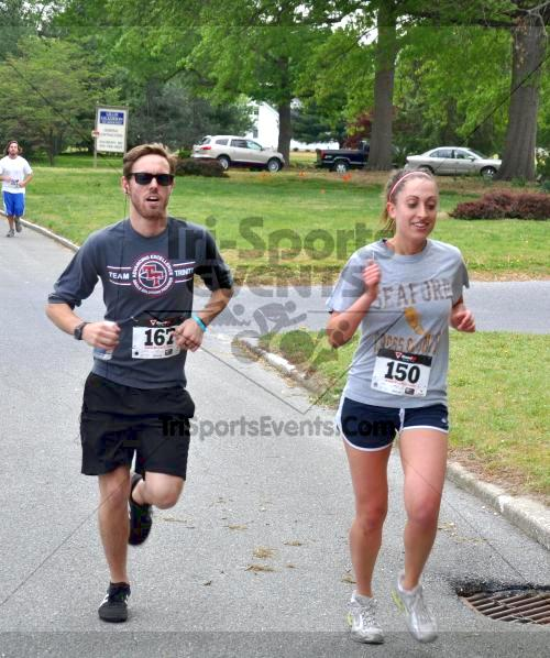 Heart & Sole 5K Run/Walk<br><br><br><br><a href='http://www.trisportsevents.com/pics/2011_Heart_&_Sole_5K_029.JPG' download='2011_Heart_&_Sole_5K_029.JPG'>Click here to download.</a><Br><a href='http://www.facebook.com/sharer.php?u=http:%2F%2Fwww.trisportsevents.com%2Fpics%2F2011_Heart_&_Sole_5K_029.JPG&t=Heart & Sole 5K Run/Walk' target='_blank'><img src='images/fb_share.png' width='100'></a>