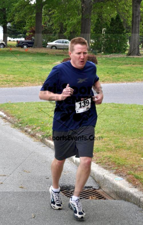 Heart & Sole 5K Run/Walk<br><br><br><br><a href='http://www.trisportsevents.com/pics/2011_Heart_&_Sole_5K_031.JPG' download='2011_Heart_&_Sole_5K_031.JPG'>Click here to download.</a><Br><a href='http://www.facebook.com/sharer.php?u=http:%2F%2Fwww.trisportsevents.com%2Fpics%2F2011_Heart_&_Sole_5K_031.JPG&t=Heart & Sole 5K Run/Walk' target='_blank'><img src='images/fb_share.png' width='100'></a>