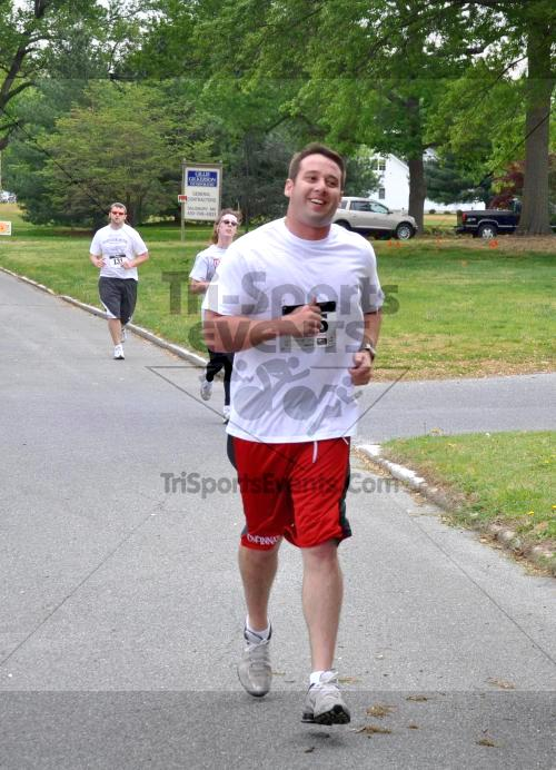 Heart & Sole 5K Run/Walk<br><br><br><br><a href='http://www.trisportsevents.com/pics/2011_Heart_&_Sole_5K_033.JPG' download='2011_Heart_&_Sole_5K_033.JPG'>Click here to download.</a><Br><a href='http://www.facebook.com/sharer.php?u=http:%2F%2Fwww.trisportsevents.com%2Fpics%2F2011_Heart_&_Sole_5K_033.JPG&t=Heart & Sole 5K Run/Walk' target='_blank'><img src='images/fb_share.png' width='100'></a>