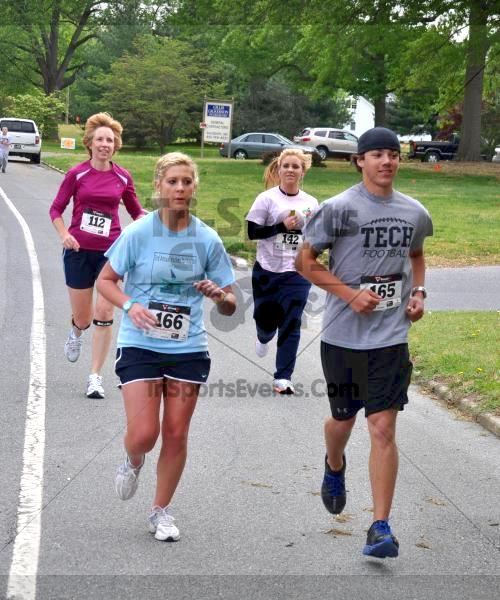 Heart & Sole 5K Run/Walk<br><br><br><br><a href='http://www.trisportsevents.com/pics/2011_Heart_&_Sole_5K_036.JPG' download='2011_Heart_&_Sole_5K_036.JPG'>Click here to download.</a><Br><a href='http://www.facebook.com/sharer.php?u=http:%2F%2Fwww.trisportsevents.com%2Fpics%2F2011_Heart_&_Sole_5K_036.JPG&t=Heart & Sole 5K Run/Walk' target='_blank'><img src='images/fb_share.png' width='100'></a>