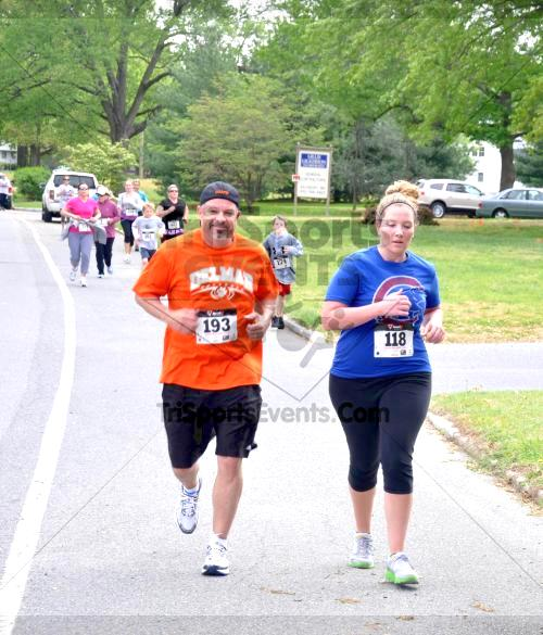 Heart & Sole 5K Run/Walk<br><br><br><br><a href='http://www.trisportsevents.com/pics/2011_Heart_&_Sole_5K_042.JPG' download='2011_Heart_&_Sole_5K_042.JPG'>Click here to download.</a><Br><a href='http://www.facebook.com/sharer.php?u=http:%2F%2Fwww.trisportsevents.com%2Fpics%2F2011_Heart_&_Sole_5K_042.JPG&t=Heart & Sole 5K Run/Walk' target='_blank'><img src='images/fb_share.png' width='100'></a>