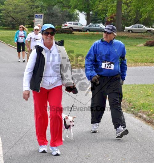 Heart & Sole 5K Run/Walk<br><br><br><br><a href='http://www.trisportsevents.com/pics/2011_Heart_&_Sole_5K_060.JPG' download='2011_Heart_&_Sole_5K_060.JPG'>Click here to download.</a><Br><a href='http://www.facebook.com/sharer.php?u=http:%2F%2Fwww.trisportsevents.com%2Fpics%2F2011_Heart_&_Sole_5K_060.JPG&t=Heart & Sole 5K Run/Walk' target='_blank'><img src='images/fb_share.png' width='100'></a>