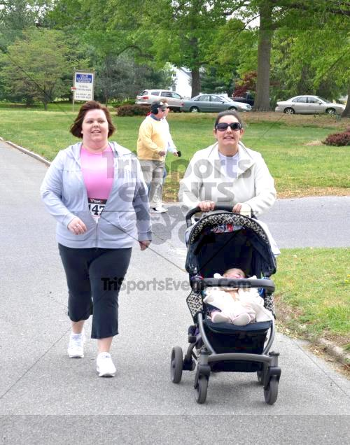 Heart & Sole 5K Run/Walk<br><br><br><br><a href='http://www.trisportsevents.com/pics/2011_Heart_&_Sole_5K_071.JPG' download='2011_Heart_&_Sole_5K_071.JPG'>Click here to download.</a><Br><a href='http://www.facebook.com/sharer.php?u=http:%2F%2Fwww.trisportsevents.com%2Fpics%2F2011_Heart_&_Sole_5K_071.JPG&t=Heart & Sole 5K Run/Walk' target='_blank'><img src='images/fb_share.png' width='100'></a>