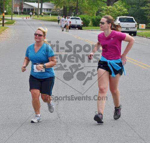 Heart & Sole 5K Run/Walk<br><br><br><br><a href='http://www.trisportsevents.com/pics/2011_Heart_&_Sole_5K_080.JPG' download='2011_Heart_&_Sole_5K_080.JPG'>Click here to download.</a><Br><a href='http://www.facebook.com/sharer.php?u=http:%2F%2Fwww.trisportsevents.com%2Fpics%2F2011_Heart_&_Sole_5K_080.JPG&t=Heart & Sole 5K Run/Walk' target='_blank'><img src='images/fb_share.png' width='100'></a>