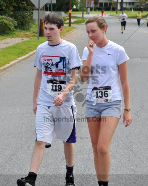 Heart & Sole 5K Run/Walk<br><br><br><br><a href='http://www.trisportsevents.com/pics/2011_Heart_&_Sole_5K_081.JPG' download='2011_Heart_&_Sole_5K_081.JPG'>Click here to download.</a><Br><a href='http://www.facebook.com/sharer.php?u=http:%2F%2Fwww.trisportsevents.com%2Fpics%2F2011_Heart_&_Sole_5K_081.JPG&t=Heart & Sole 5K Run/Walk' target='_blank'><img src='images/fb_share.png' width='100'></a>