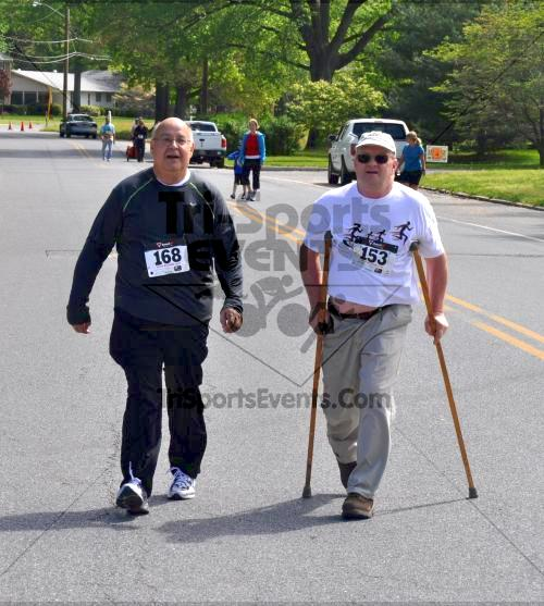 Heart & Sole 5K Run/Walk<br><br><br><br><a href='http://www.trisportsevents.com/pics/2011_Heart_&_Sole_5K_092.JPG' download='2011_Heart_&_Sole_5K_092.JPG'>Click here to download.</a><Br><a href='http://www.facebook.com/sharer.php?u=http:%2F%2Fwww.trisportsevents.com%2Fpics%2F2011_Heart_&_Sole_5K_092.JPG&t=Heart & Sole 5K Run/Walk' target='_blank'><img src='images/fb_share.png' width='100'></a>
