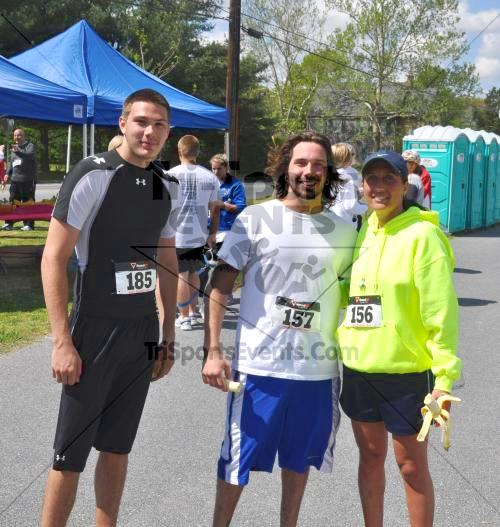 Heart & Sole 5K Run/Walk<br><br><br><br><a href='http://www.trisportsevents.com/pics/2011_Heart_&_Sole_5K_099.JPG' download='2011_Heart_&_Sole_5K_099.JPG'>Click here to download.</a><Br><a href='http://www.facebook.com/sharer.php?u=http:%2F%2Fwww.trisportsevents.com%2Fpics%2F2011_Heart_&_Sole_5K_099.JPG&t=Heart & Sole 5K Run/Walk' target='_blank'><img src='images/fb_share.png' width='100'></a>