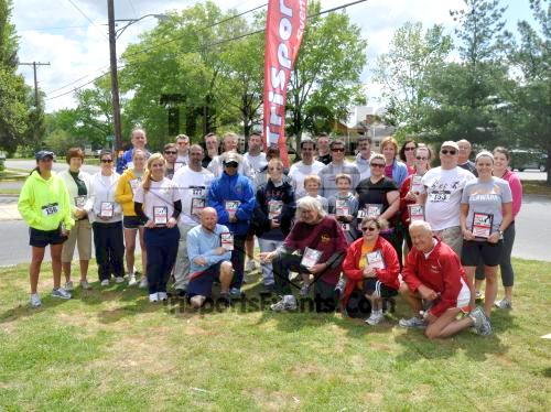 Heart & Sole 5K Run/Walk<br><br><br><br><a href='http://www.trisportsevents.com/pics/2011_Heart_&_Sole_5K_104.JPG' download='2011_Heart_&_Sole_5K_104.JPG'>Click here to download.</a><Br><a href='http://www.facebook.com/sharer.php?u=http:%2F%2Fwww.trisportsevents.com%2Fpics%2F2011_Heart_&_Sole_5K_104.JPG&t=Heart & Sole 5K Run/Walk' target='_blank'><img src='images/fb_share.png' width='100'></a>