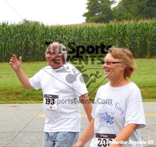 Betterton Bayside 5K Run/Walk<br><br><br><br><a href='http://www.trisportsevents.com/pics/Betterton_Bayside_5K_8-3-13_061.JPG' download='Betterton_Bayside_5K_8-3-13_061.JPG'>Click here to download.</a><Br><a href='http://www.facebook.com/sharer.php?u=http:%2F%2Fwww.trisportsevents.com%2Fpics%2FBetterton_Bayside_5K_8-3-13_061.JPG&t=Betterton Bayside 5K Run/Walk' target='_blank'><img src='images/fb_share.png' width='100'></a>