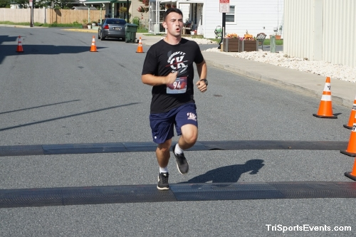Clayton Fire Company Running Hot 5k Run/Walk<br><br><br><br><a href='https://www.trisportsevents.com/pics/DSC00607.JPG' download='DSC00607.JPG'>Click here to download.</a><Br><a href='http://www.facebook.com/sharer.php?u=http:%2F%2Fwww.trisportsevents.com%2Fpics%2FDSC00607.JPG&t=Clayton Fire Company Running Hot 5k Run/Walk' target='_blank'><img src='images/fb_share.png' width='100'></a>