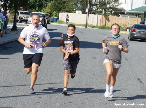 Clayton Fire Company Running Hot 5k Run/Walk<br><br><br><br><a href='https://www.trisportsevents.com/pics/DSC00650.JPG' download='DSC00650.JPG'>Click here to download.</a><Br><a href='http://www.facebook.com/sharer.php?u=http:%2F%2Fwww.trisportsevents.com%2Fpics%2FDSC00650.JPG&t=Clayton Fire Company Running Hot 5k Run/Walk' target='_blank'><img src='images/fb_share.png' width='100'></a>