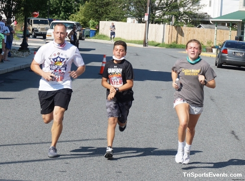 Clayton Fire Company Running Hot 5k Run/Walk<br><br><br><br><a href='https://www.trisportsevents.com/pics/DSC00650_001.JPG' download='DSC00650_001.JPG'>Click here to download.</a><Br><a href='http://www.facebook.com/sharer.php?u=http:%2F%2Fwww.trisportsevents.com%2Fpics%2FDSC00650_001.JPG&t=Clayton Fire Company Running Hot 5k Run/Walk' target='_blank'><img src='images/fb_share.png' width='100'></a>