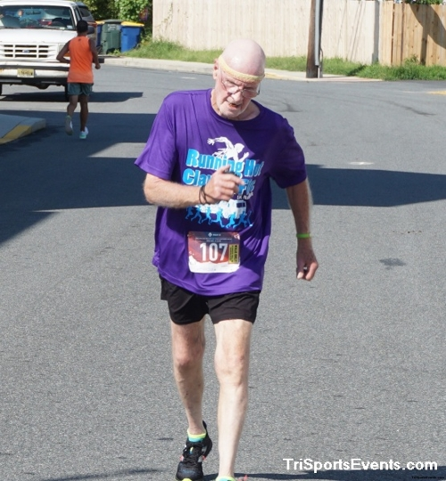 Clayton Fire Company Running Hot 5k Run/Walk<br><br><br><br><a href='https://www.trisportsevents.com/pics/DSC00717_001.JPG' download='DSC00717_001.JPG'>Click here to download.</a><Br><a href='http://www.facebook.com/sharer.php?u=http:%2F%2Fwww.trisportsevents.com%2Fpics%2FDSC00717_001.JPG&t=Clayton Fire Company Running Hot 5k Run/Walk' target='_blank'><img src='images/fb_share.png' width='100'></a>