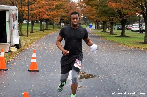 Turkey Day 5K Run/Walk<br><br><br><br><a href='https://www.trisportsevents.com/pics/DSC01521.JPG' download='DSC01521.JPG'>Click here to download.</a><Br><a href='http://www.facebook.com/sharer.php?u=http:%2F%2Fwww.trisportsevents.com%2Fpics%2FDSC01521.JPG&t=Turkey Day 5K Run/Walk' target='_blank'><img src='images/fb_share.png' width='100'></a>