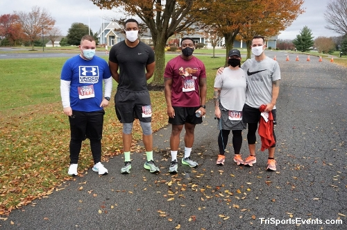 Turkey Day 5K Run/Walk<br><br><br><br><a href='https://www.trisportsevents.com/pics/DSC01563.JPG' download='DSC01563.JPG'>Click here to download.</a><Br><a href='http://www.facebook.com/sharer.php?u=http:%2F%2Fwww.trisportsevents.com%2Fpics%2FDSC01563.JPG&t=Turkey Day 5K Run/Walk' target='_blank'><img src='images/fb_share.png' width='100'></a>