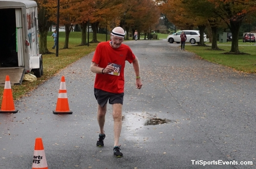Turkey Day 5K Run/Walk<br><br><br><br><a href='https://www.trisportsevents.com/pics/DSC01593.JPG' download='DSC01593.JPG'>Click here to download.</a><Br><a href='http://www.facebook.com/sharer.php?u=http:%2F%2Fwww.trisportsevents.com%2Fpics%2FDSC01593.JPG&t=Turkey Day 5K Run/Walk' target='_blank'><img src='images/fb_share.png' width='100'></a>