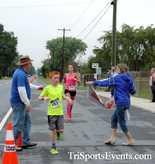 Hornet Hustle 5K Run/Walk<br><br><br><br><a href='http://www.trisportsevents.com/pics/DSCN0026.JPG' download='DSCN0026.JPG'>Click here to download.</a><Br><a href='http://www.facebook.com/sharer.php?u=http:%2F%2Fwww.trisportsevents.com%2Fpics%2FDSCN0026.JPG&t=Hornet Hustle 5K Run/Walk' target='_blank'><img src='images/fb_share.png' width='100'></a>
