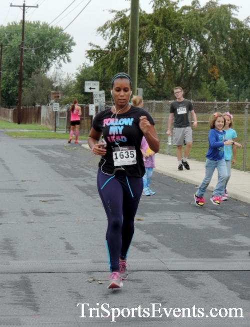Hornet Hustle 5K Run/Walk<br><br><br><br><a href='http://www.trisportsevents.com/pics/DSCN0040.JPG' download='DSCN0040.JPG'>Click here to download.</a><Br><a href='http://www.facebook.com/sharer.php?u=http:%2F%2Fwww.trisportsevents.com%2Fpics%2FDSCN0040.JPG&t=Hornet Hustle 5K Run/Walk' target='_blank'><img src='images/fb_share.png' width='100'></a>