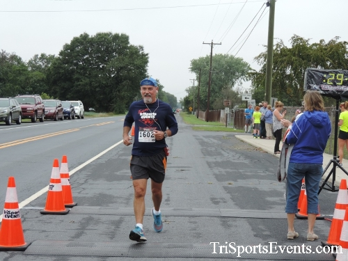 Hornet Hustle 5K Run/Walk<br><br><br><br><a href='https://www.trisportsevents.com/pics/DSCN0046.JPG' download='DSCN0046.JPG'>Click here to download.</a><Br><a href='http://www.facebook.com/sharer.php?u=http:%2F%2Fwww.trisportsevents.com%2Fpics%2FDSCN0046.JPG&t=Hornet Hustle 5K Run/Walk' target='_blank'><img src='images/fb_share.png' width='100'></a>